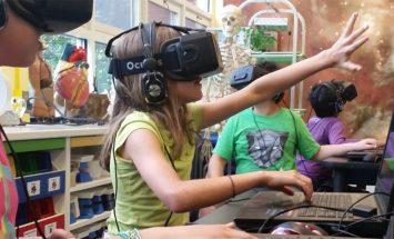 Google, Augmented Reality and Virtual Reality